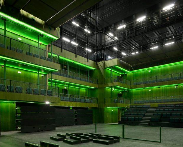 Teatros del Canal 023 sRGB